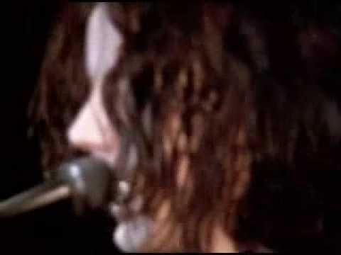 The White Stripes - I Fought Piranhas (Live)