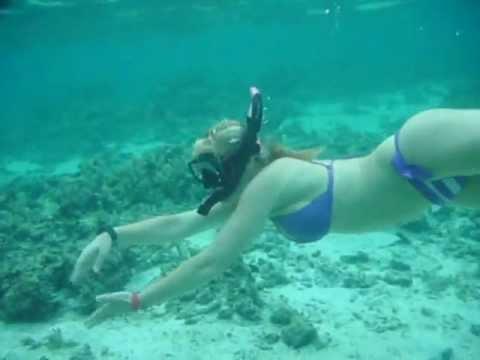 Scuba Diver Girls Snorkel the Cook Islands!!!