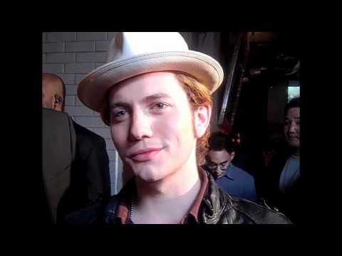 JACKSON RATHBONE: Breaking Dawn Schedule, &quot;Down Time,&quot; Web Series &amp; New Band!