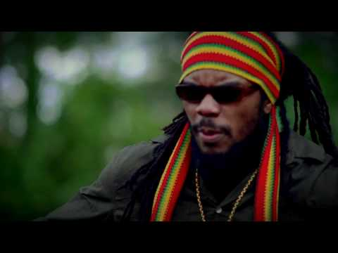 LITTLE GUERRIER - MY QUEEN(OFFICIAL HD VIDEO)