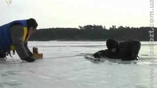 Прогулка по льду на Тетереве может обернуться трагедией