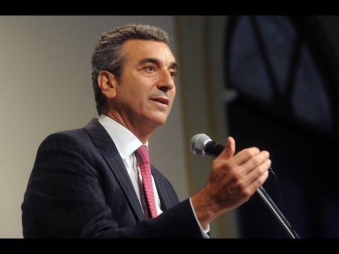 <b>Florencio Randazzo respondi� a los fondos buitre en conferencia de prensa</b>