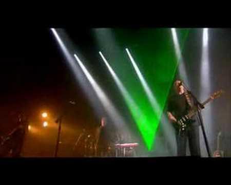 David Gilmour & David Bowie - Comfortably Numb - UCh14fn8bmMqz6uma1lZDU0w