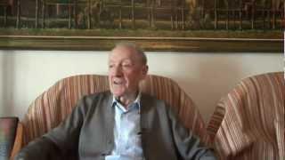 Francesc Casafont a les bateries antiaèries del turo de la Rovira