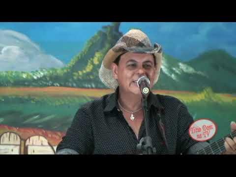 TRIO PARADA DURA  - NO PROGRAMA TITIO DONI NATV CANTAN GRANDE SUCESSO  O SUCESSO  AS ANDORINHAS .