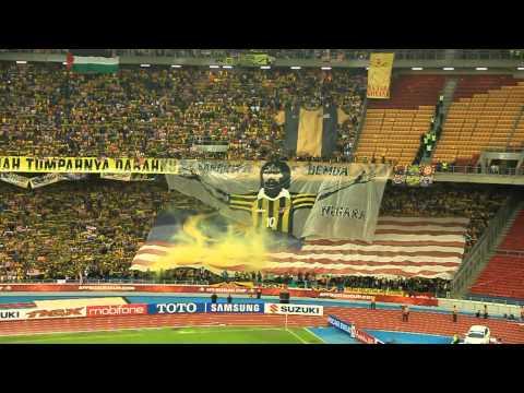 Tifo Ultras Malaya | Negaraku | Malaysia vs Indonesia | AFF Suzuki Cup 2012