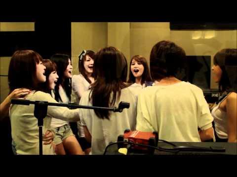 Cherry belle live @OZ radio Bandung (28-06-11).flv