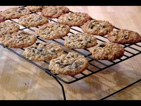 How to Make Homemade Oatmeal Rasin Cookies - Recipe by Laura Vitale Laura In The Kitchen Episode 69