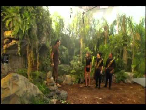 Pair of Kings: Behind The Scenes #1 - Fight School