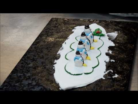 Making process of whipped cream snowman