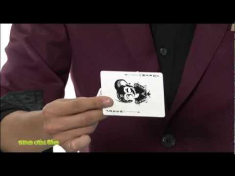 Học ảo thuật - Biến đổi quân bài trước mặt khán giả trong tíc tắc