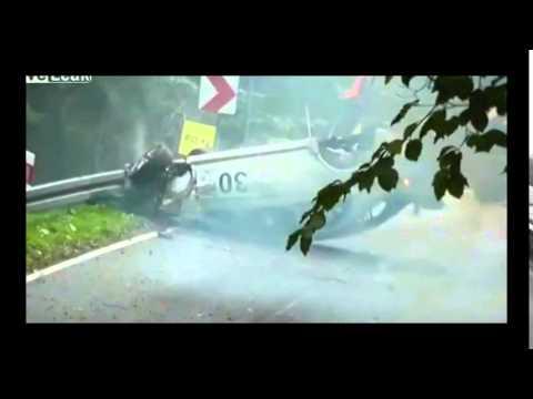 Lancer Evo goes airborne in amazing crash