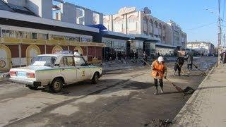 ГАИшники перекрыли дорогу для уборки