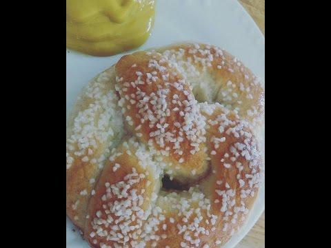 How to Make: Hot Buttered Pretzels/Soft Mall Pretzels (based on King Arthur Flour's Recipe)