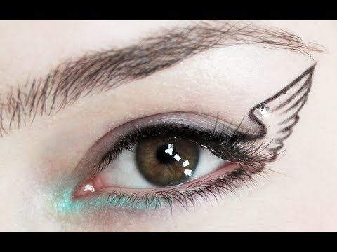 Simple Statement: Winged Eyeliner