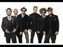 """Los Fabulosos Cadillacs """"Padre Nuestro"""" primer single oficial"""