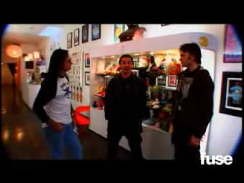 Mike Patton in Fuse TV (Missing Part)