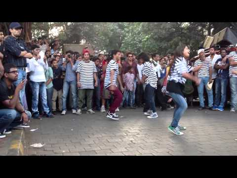 PizzaExpress Flash Mob in Mumbai