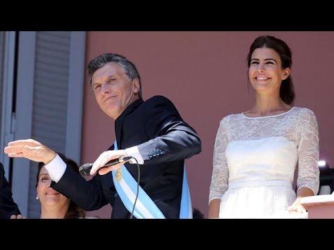 <b>Asunción.</b> Macri bailó y Michetti cantó en la Casa Rosada.