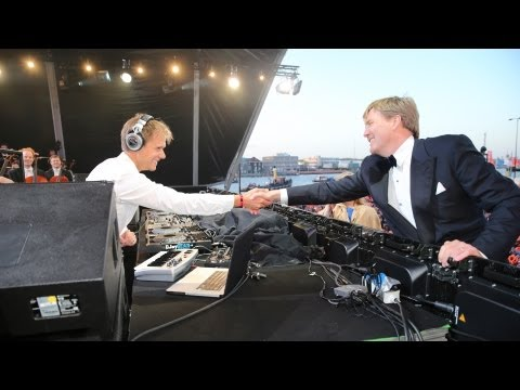 Armin van Buuren & The Royal Concertgebouw Orchestra - Dutch king Willem-Alexander