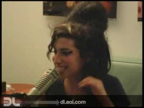 The DL - Amy Winehouse -Rehab- Live!