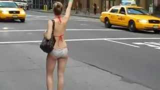 ปล่อยให้คนนุ่งน้อยห่มน้อยโบกแท็กซี่นาน ๆ ได้อย่างไร