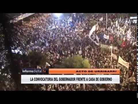 <b>Comparaci�n:</b> Vista a�rea del acto de Urribarri y de la marcha por Nisman