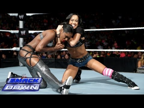 Naomi vs. AJ Lee: SmackDown, Sept. 20, 2013