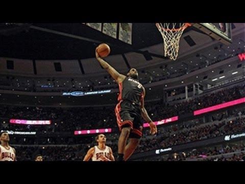 LeBron James' BIG fastbreak slam dunk!