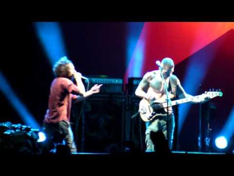 Rage Against The Machine Guerrilla Radio L.A. Rising, Coliseum 7/30/11