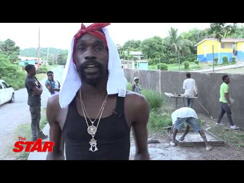 STAR COMMUNITY PAR: Munga Honorable gives back by building a wall