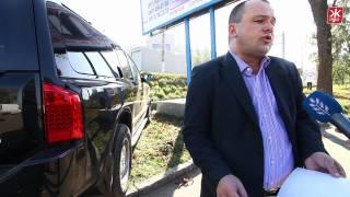 Черпицкий заблокировал джипом демонтаж своего билборда