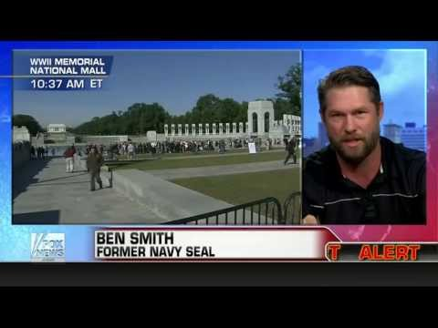 America : Ex-Navy SEAL says Government is creating conditions to impose Martial Law (Oct 15, 2013)