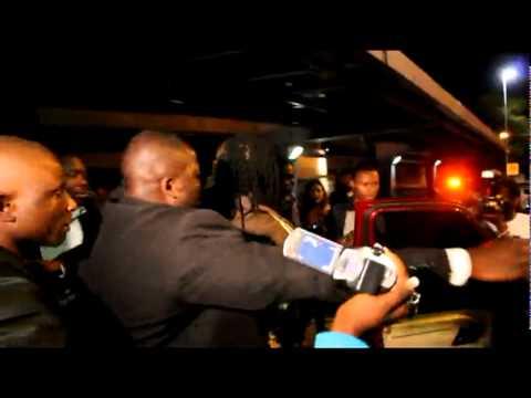 Hundreds of fans rush Mavado in Harare, Zimbabwe!