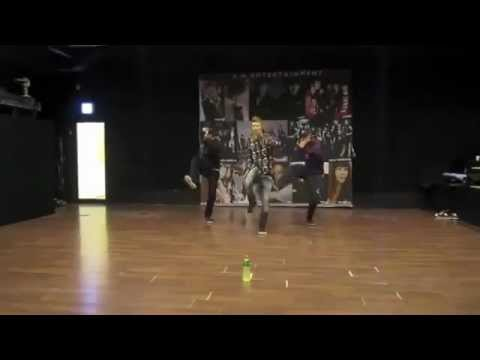Super Junior Eunhyuk and EXO-K Kai dance rehearsal