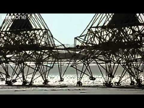 Theo Jansen-s Strandbeests - Wallace & Gromit-s World of Invention Episode 1 Preview - BBC One