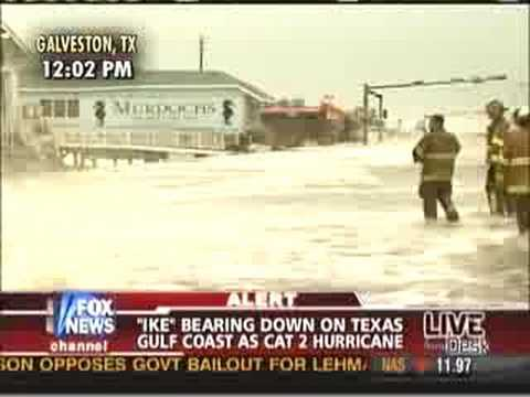 Geraldo Rivera Dumped by Hurricane Ike on live TV