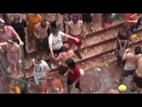 La Tomatina, Tomato Food Fight in Bunol, Spain - Who? What? When? Where? Travel Yourself