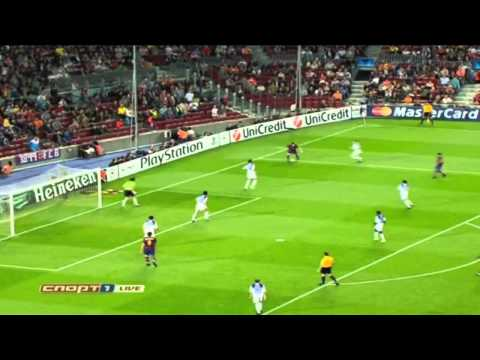 Lionel Messi Dribbling Compilation [HD]