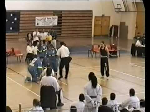 Wing Chun Bing Fa Vs Tae kwon do, Sifu Julian de Boers National All Styles 1995