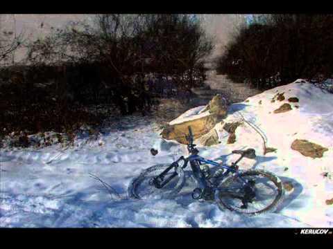 VIDEOCLIP Traseu MTB Padurea Cornetu - Lacul Mihailesti, 60 km pe biciclete