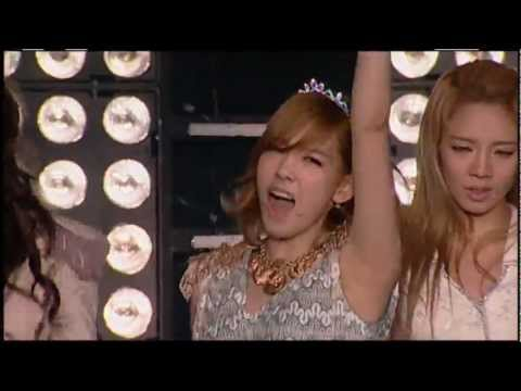 SMTOWN Live in New York_Girls- Generation_THE BOYS