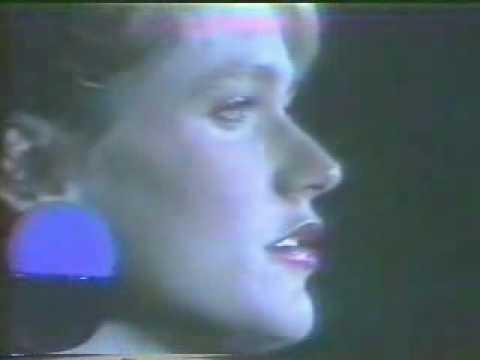 "Xuxa demoníaca-Musica ""Meu cãozinho Xuxo"" revertida"