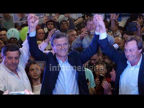 <b>Macri en Paran�</b>. El acto de Cambiemos en el club Olimpia