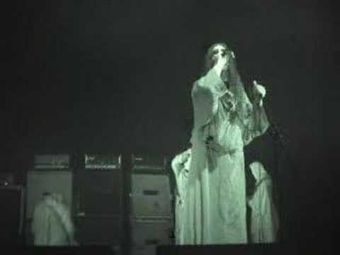 Sunn 0))) - Berlin, Volksbühne 2006 - Part 2
