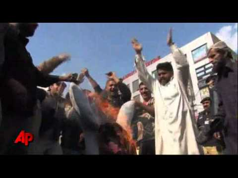 Raw Video: Anti-American Protest in Pakistan