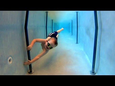 Tunnel Swimming Funderwater