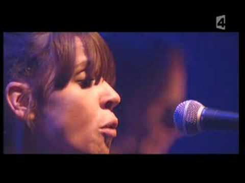 Cat Power - Willie (Live)