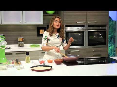 فيديو شاهدي طريقة تحضير البيتزا الشهية