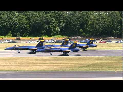 The Blue Angels taking off, second practice, August 2, 2007, Boeing Field,